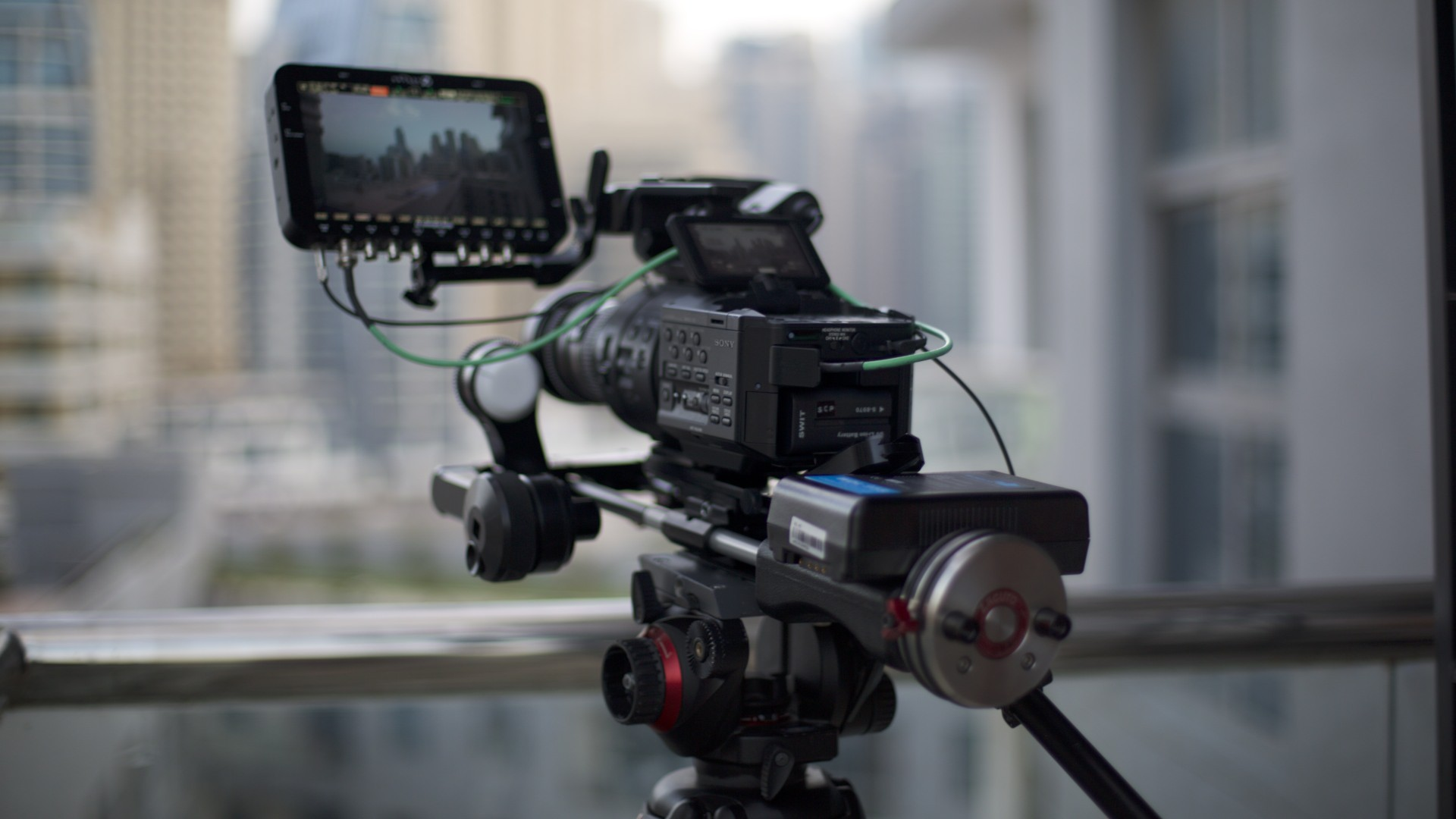 FS700 & Odyssey 7Q – Dubai Marina in 4K and lens resolution tests
